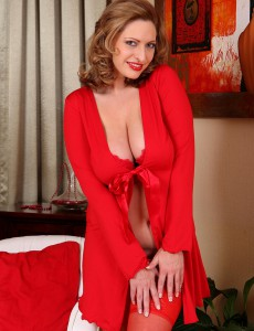 Big Breasted Golden-haired Milf Salinas in Bright Red Knickers Looking Hot As Evver