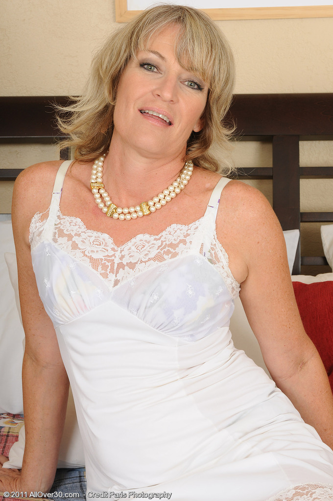 49 Year Old Tina from  Onlyover30 Frigging Her Aged Bawdy Cleft for You