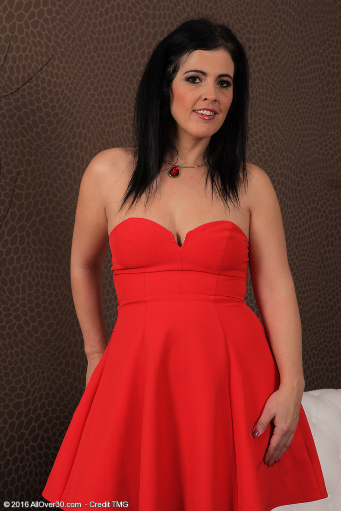 Montse Swapper Takes off Her Red Dress to Play with a Black Marital-device